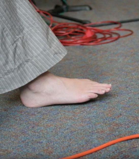 one foot.jpg