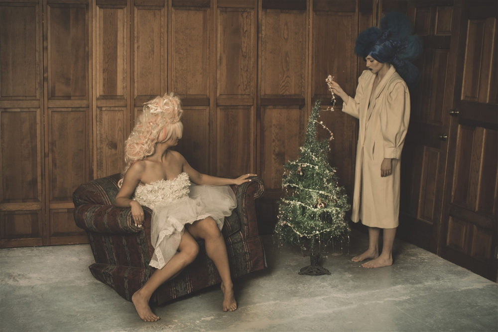 Melissa and Gabija celebrating Christmas Models: Melissa Koenig, Gabija Guzauskaite Hair: Cyndi Piotrowski Make-Up: Julia Simone Photographer: Thomas H.P. Jerusalem, A-MOMENT-IN-TIME.COM Photography, Chicago, Illinois USA