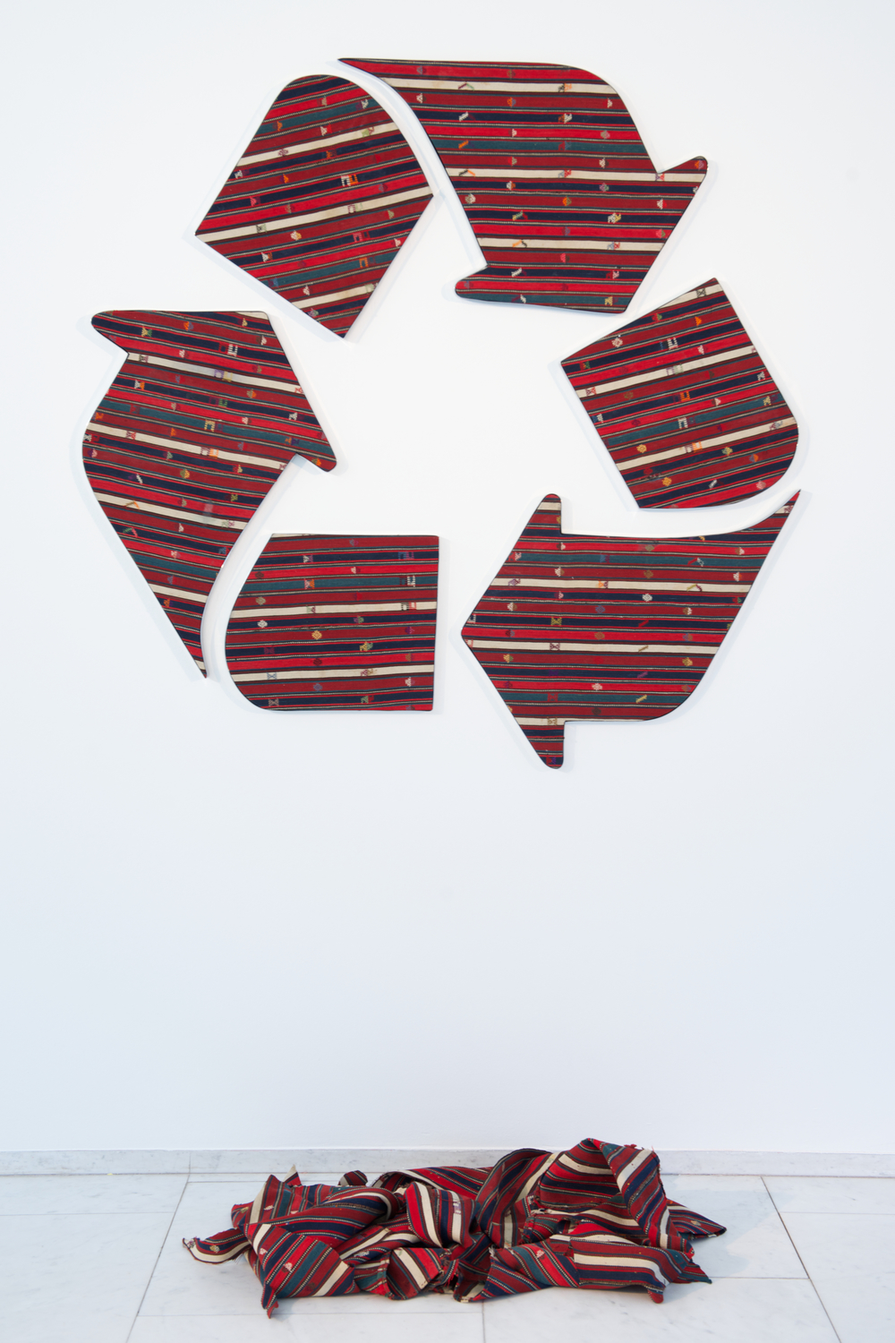 Recycled. Faig Ahmed, 2014. Image Courtesy of Faig Ahmed Studio.  5,21 MB.jpg