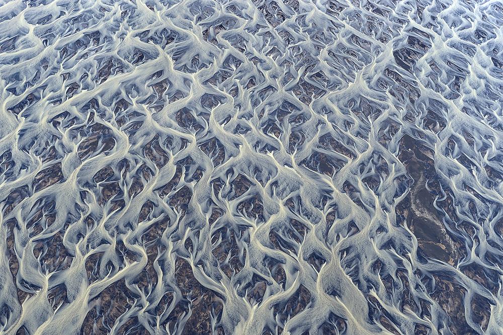 volcanic-aerial-setka-andre-ermolaev.jpg
