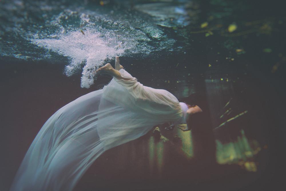 Andras Schram underwater 2.jpg