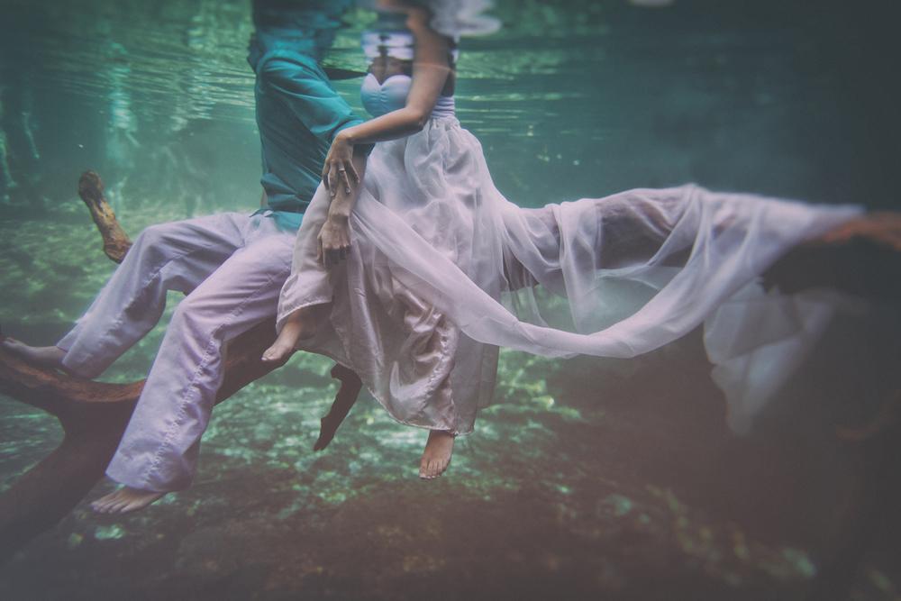 Andras Schram underwater 3.jpg