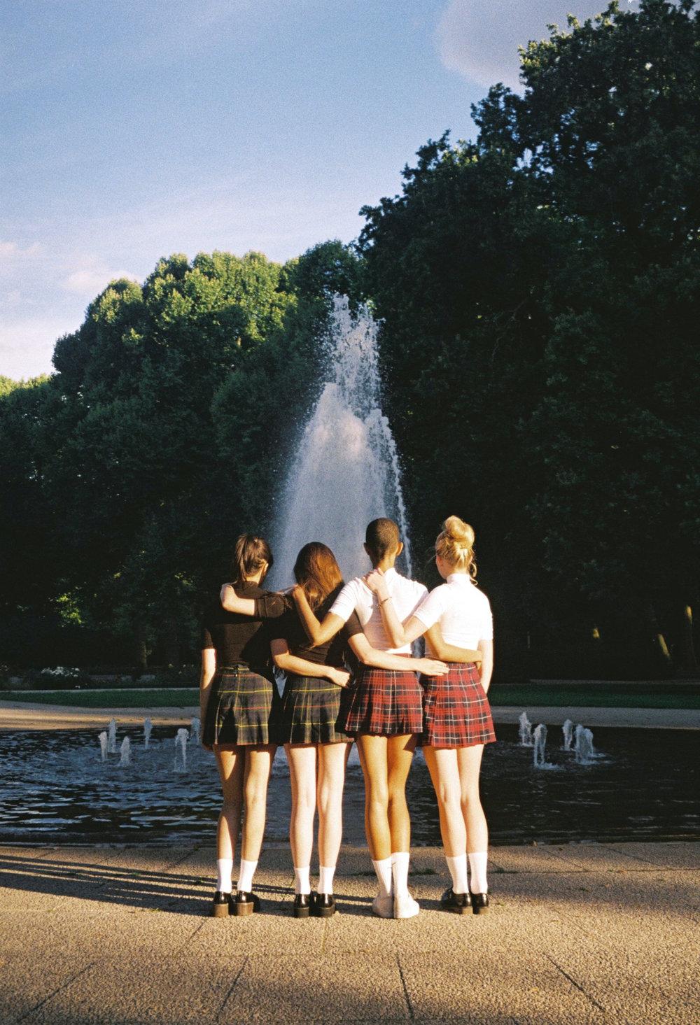 #ophelieandthegirls by Ophelie Rondeau 06.jpg