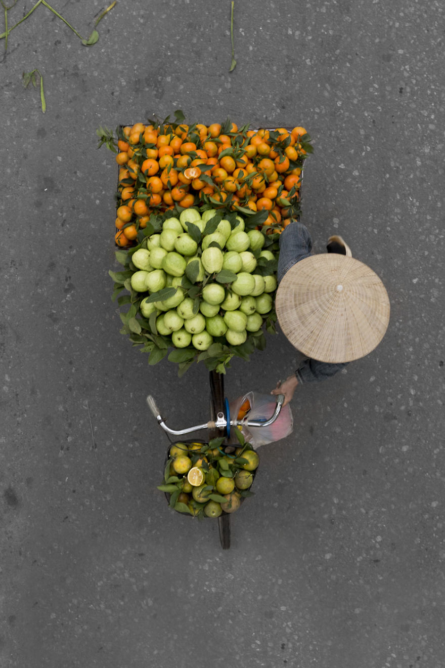 Vendors from above (8).jpg