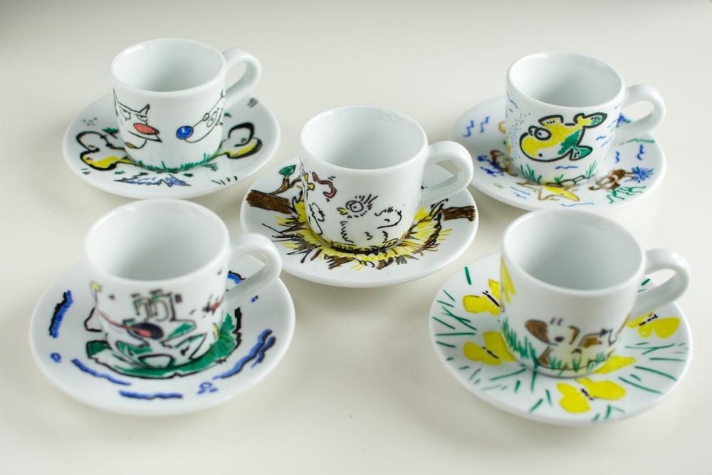Tacitas de porcelana decoradas. DIY Dia de la madre