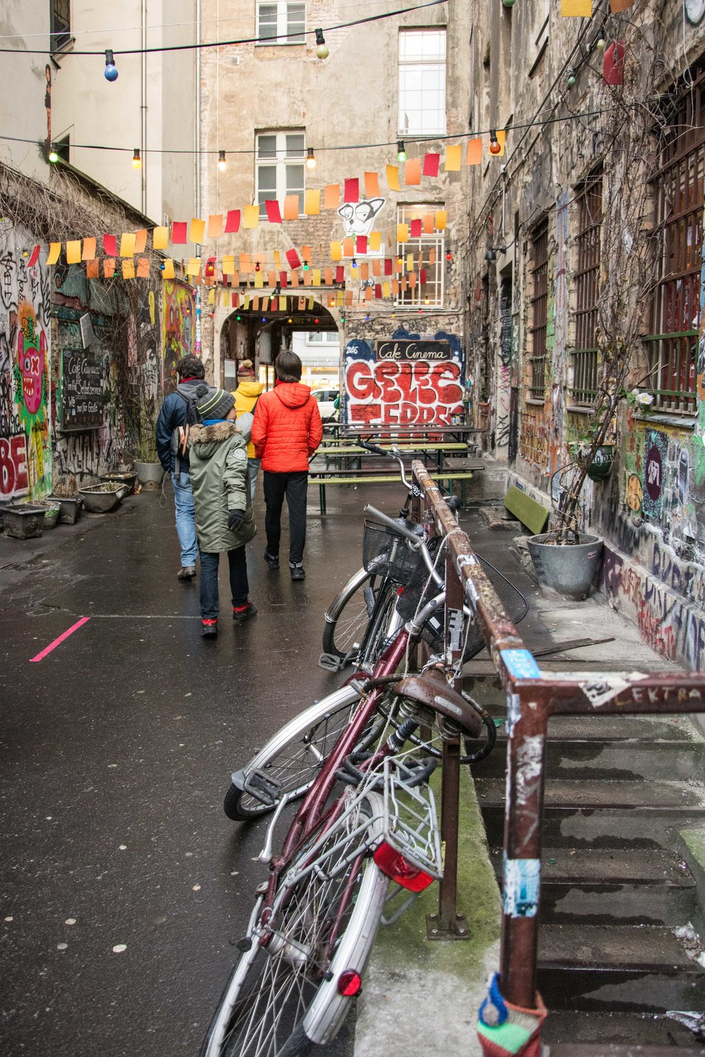 Dead Chicken Alley, Berlín