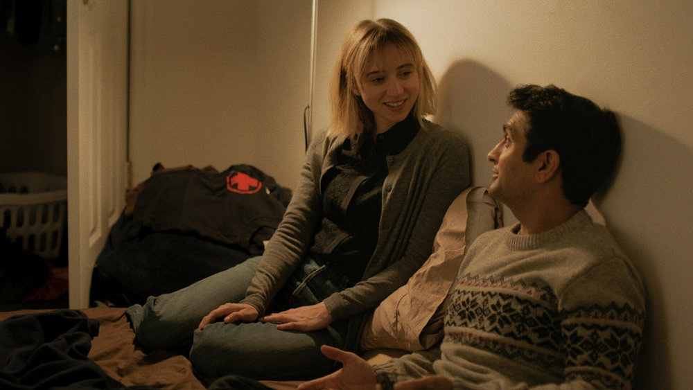 Characters Emily (Zoe Kazan) and Kumail Nanjiani (himself) in a scene from The Big Sick