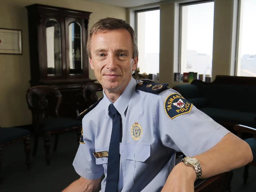 8 Darren Hine Police Commissioner.JPG