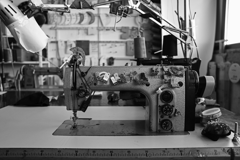 Second-hand industrial sewing machine