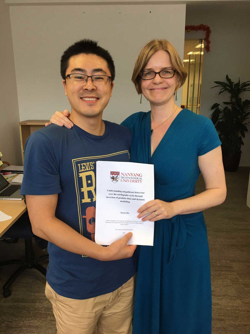 Qiu Qiang submitting his thesis!