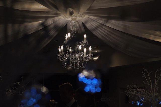 I love it when venues make it easy to create great visuals, like this one from Hillarys Yacht Club 👌🏻 . . . . #hillarysyachtclub #perth #perthisok #perthbride #perthwedding #perthweddings #perthlife #chandelier #reception #roof #light #room #weddingday #instagood #instadaily #weddingvendor #weddingideas #weddingblog #vscocam #instawedding #instalove