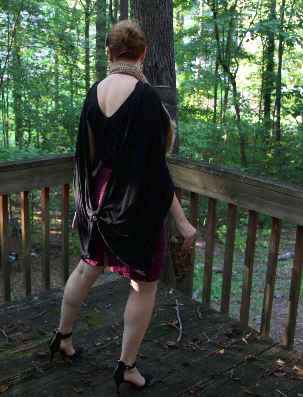 Elegant Cape: From the back: Panels draped over shoulders and then tied
