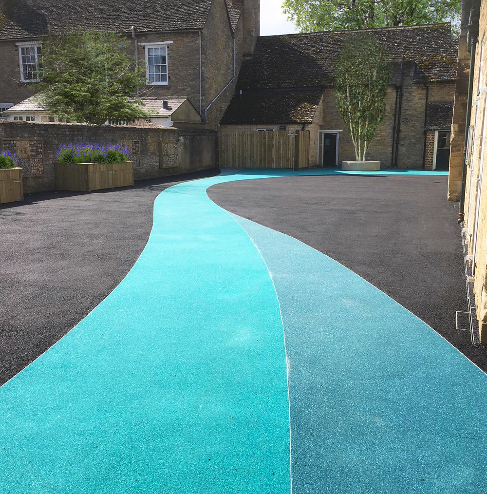 St Mary's School in Witney - Resin bound surfacing to the main activity yard