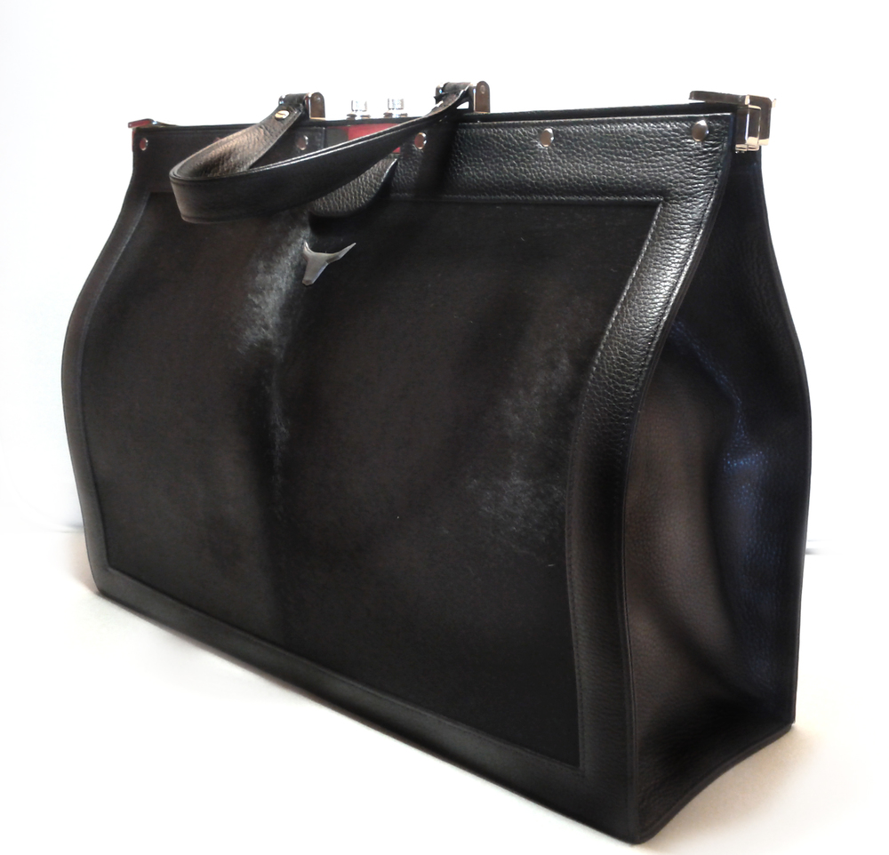 frame bag black side.jpg