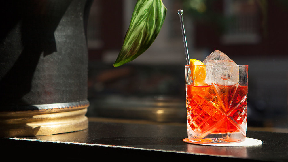 Slide1-How-to-Make-a-Negroni-Campari-Cocktail-Recipe-Ratio-Naren-Young-Dante-NYC.jpg