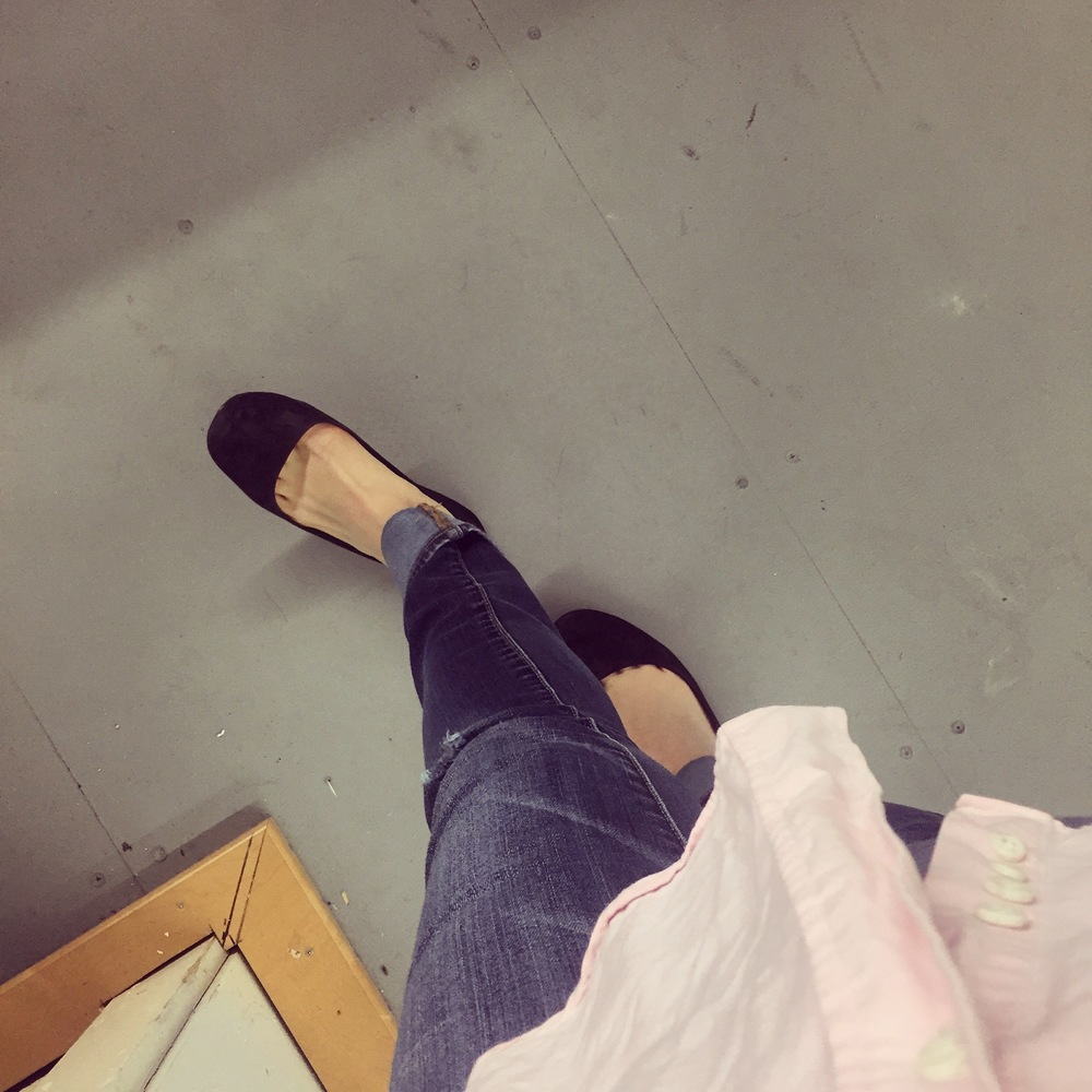 The Cherubino rehearsal outfit: skinny jeans and ballet flats. Amen.
