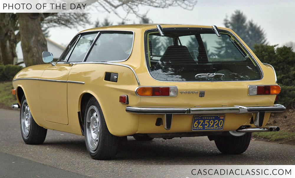 1972Volvo1800ES.JPG