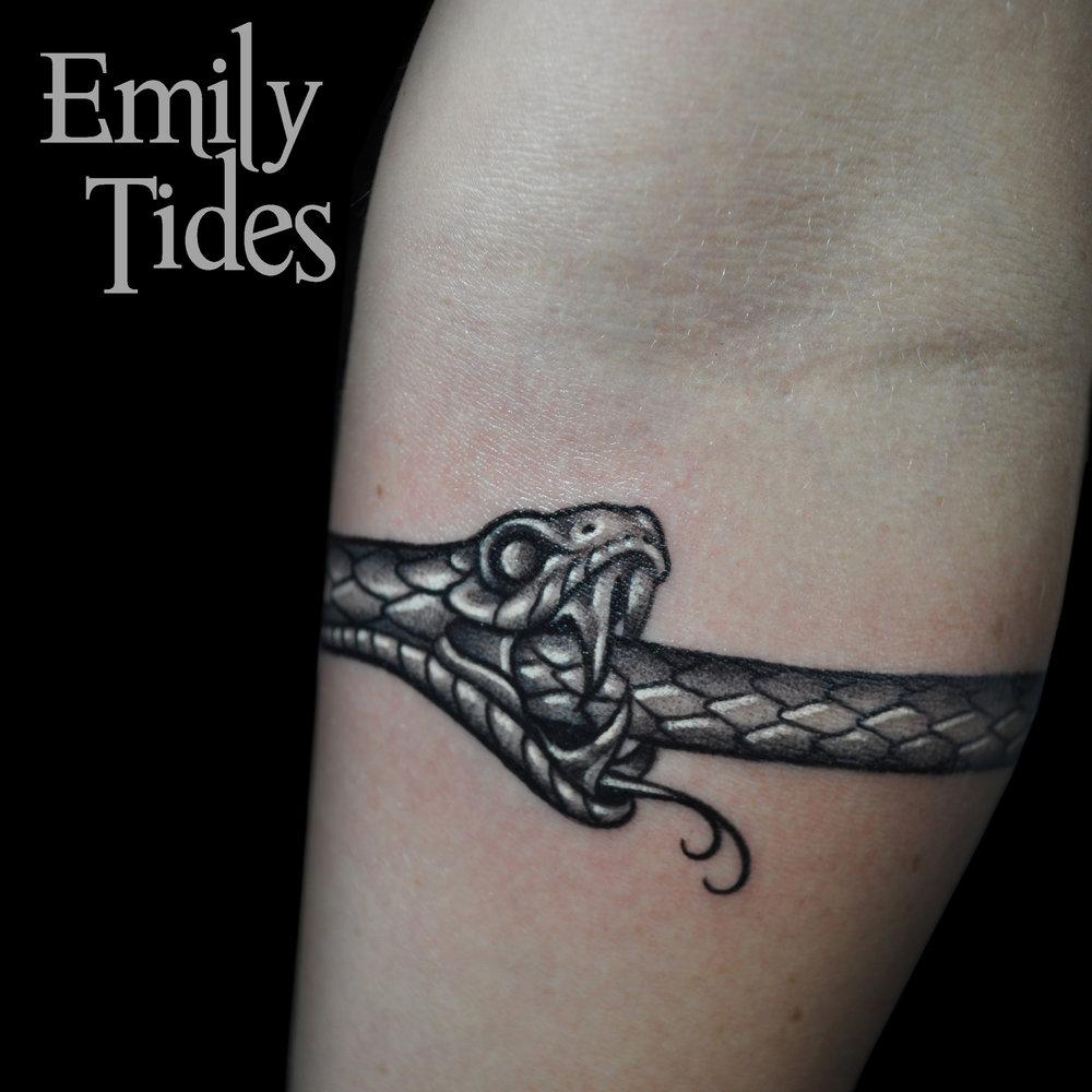 Snake Arm  emily tides (2).jpg