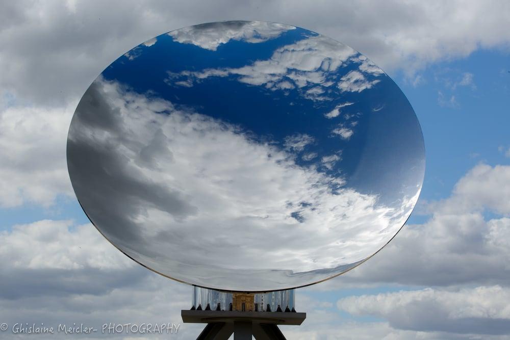 Versailles- Anish Kappour-4.jpg