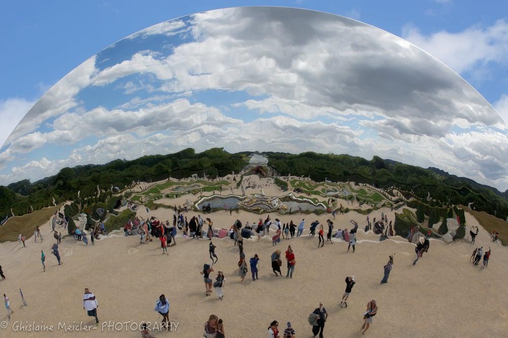 Versailles- Anish Kappour-6.jpg