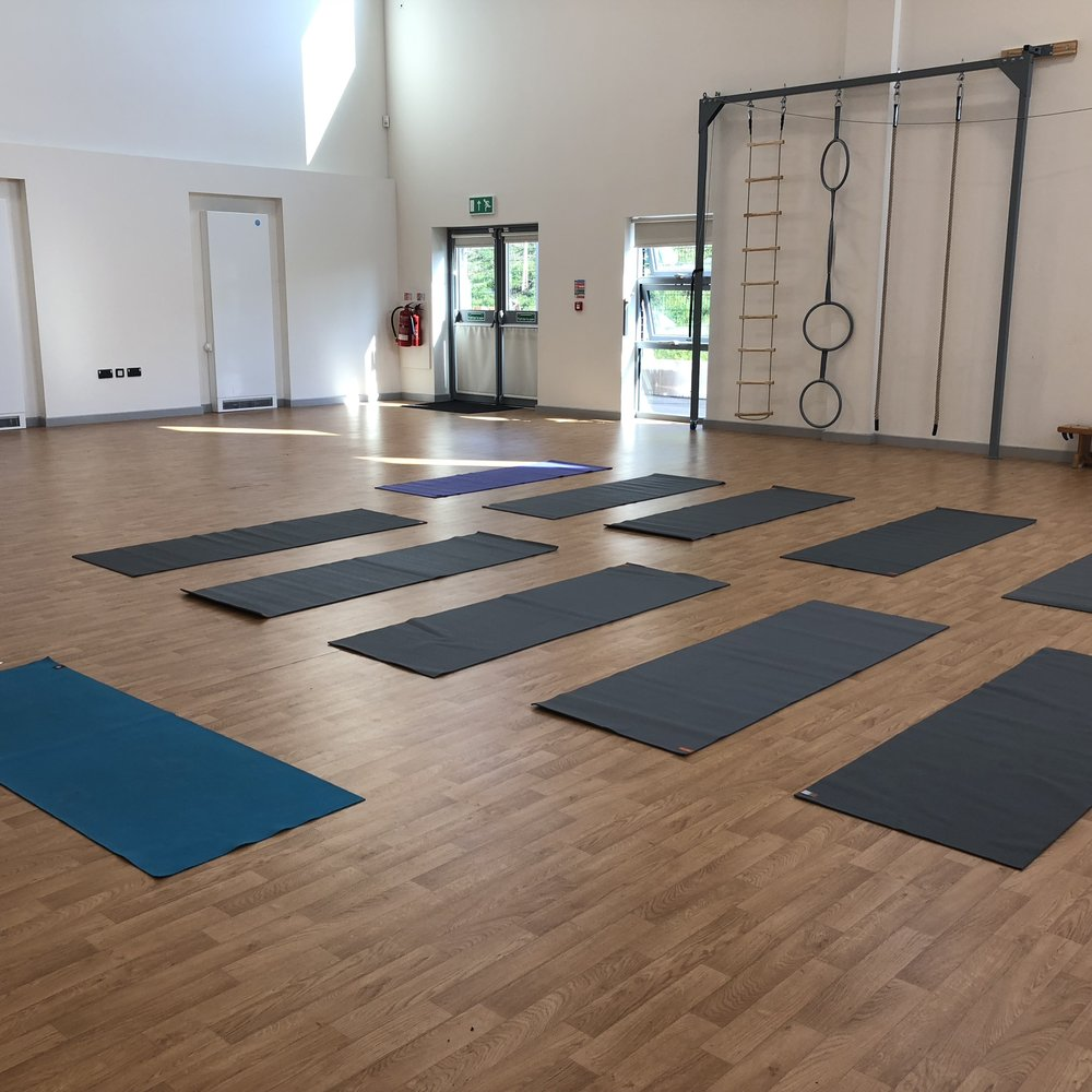 - I deliver a yoga sessions tailored for unique business needs at regular sessions or team-building events. The benefits of which are to reduce and alleviate physical stresses on your team which in turn will lead to reduced injury and illness time.Being qualified to teach pre- and post-natal yoga, I am also fully able to modify yoga poses to accommodate differing fitness levels, ages and physical fitness in a safe, nurturing and fun way. During the course of my yoga lessons, I assist and educate individuals to evaluate their own posture both at work and at home to optimise their health and the productivity of your organisation.