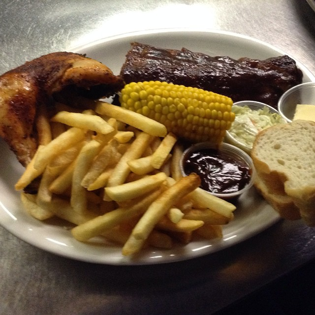 BBQ ribs & Chicken combo platter!!! #yum #chicago #motherhubbards #food #yum #ribs #fries #corn #chicken #bbq