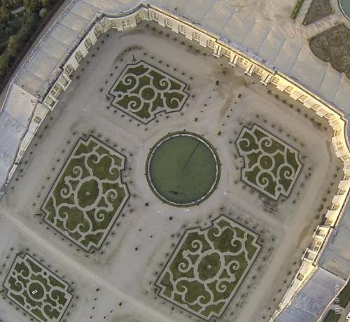 Versailles-1-PhM-2.jpg