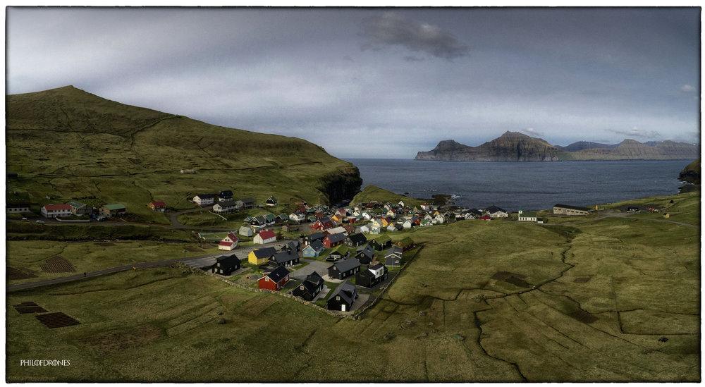 Gjógv  est un village des îles Féroé qui se trouve au nord-est de l'île d'Eysturoy. En féringien,  Gjógv  signifie ravin. Le nom vient du fait que le port du village se trouve dans un contrebas important à côté du village.