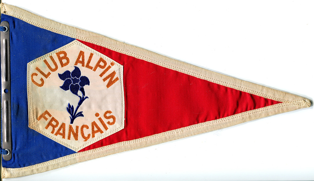 club-alpin-francais-flag.jpg