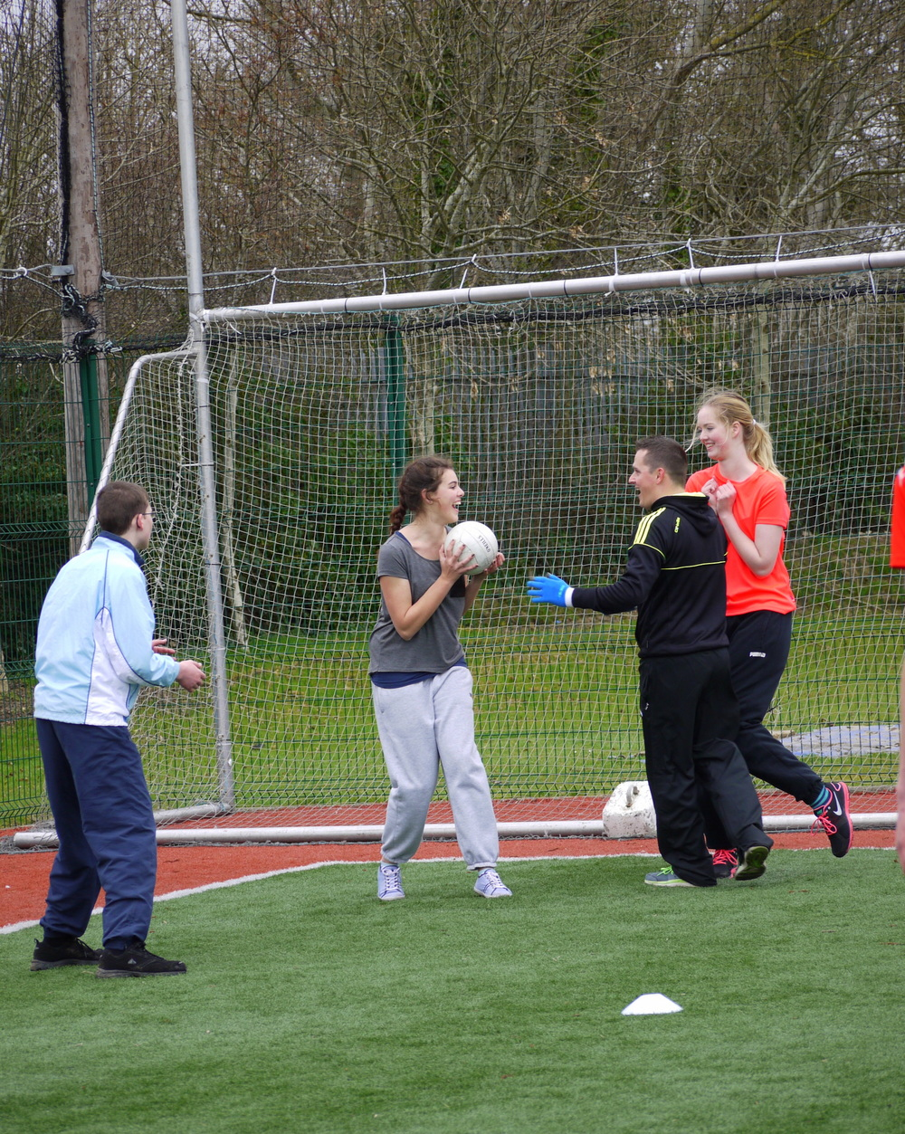 Clash Gaelic Games Neil with students.JPG