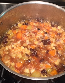 After 60 minutes the fruit will begin to thicken.