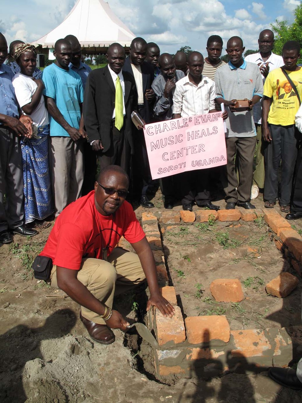 Samite lays the first brick