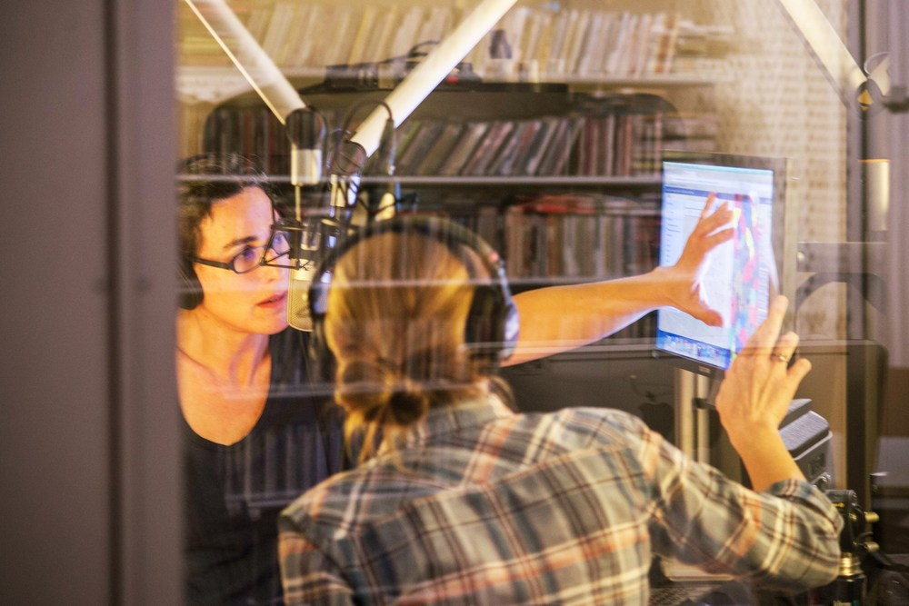 Sarah and Dana recording in the studio. Photo by Elise Bergerson for Vogue