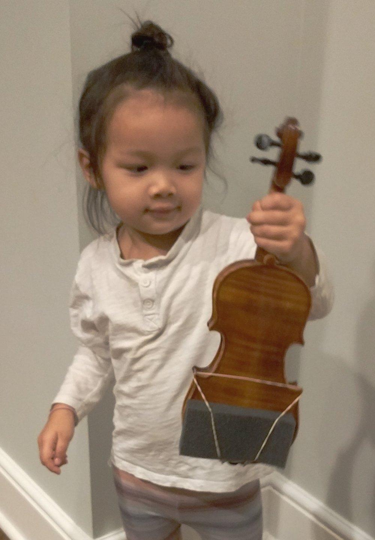 Rei Meets Her Violin