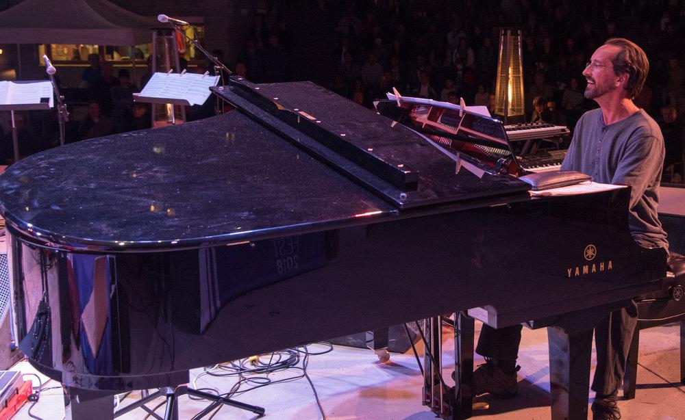 TUJF2018 Main Stage-Larnell Lewis Band 4-Yamaha Piano.jpg