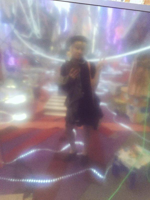 parker ito selfie art~