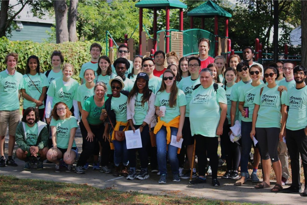 Join the team of volunteer superstars!    Become a Streets Alive! Volunteer    FREE t-shirt, snacks, smiles, and joy    Sign Up Now
