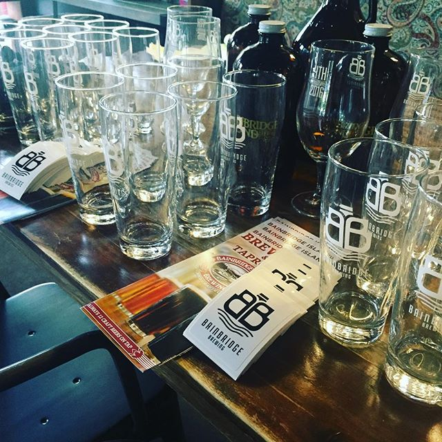 Joining us tonight is #bainbridgeislandbrewing with some #tastybeer and awesome #prizes in #woodinville #tonight