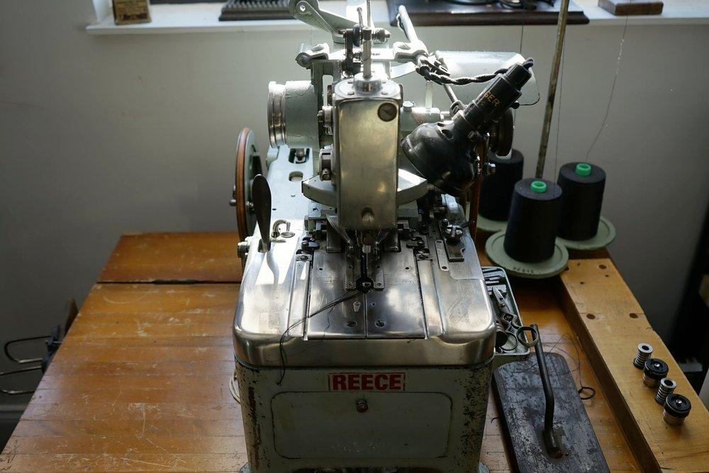 REECE 101 Buttonhole Machine