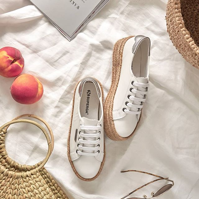 Picnic essentials ✨ Shop the 2790 Rope available now @theiconicau 📷 @social.union #supergaaus