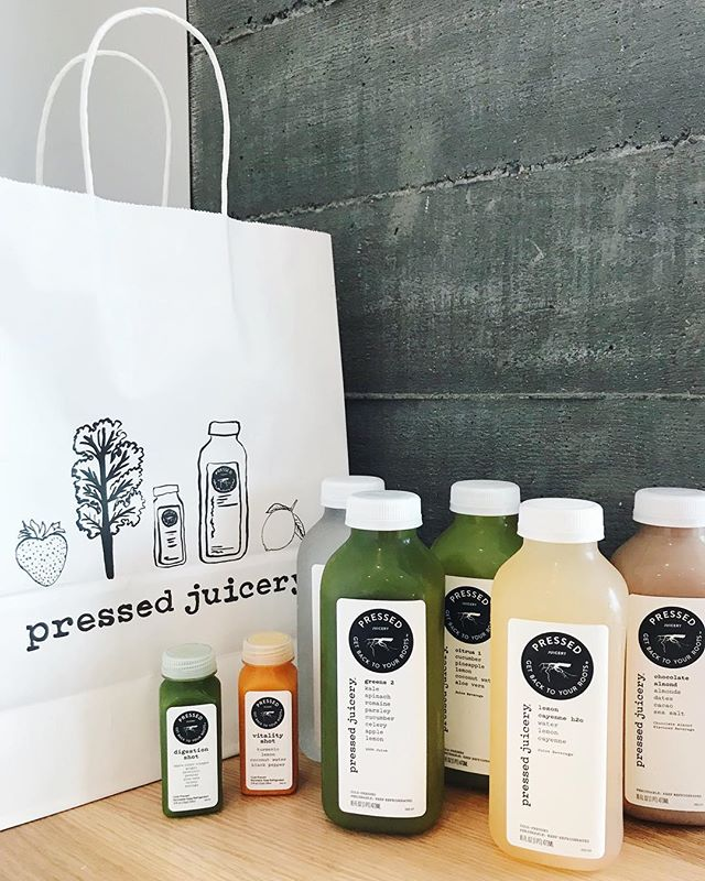 All this was only $20! (With the exception of the second shot pictured) I'm probably going to be in there all the time now 😩 — trying to get summertime fine lol. ✨🌱🥒🍍 . . . . . #pressed #pressedjuicery #juicing #health #cleanse #detox #wellness #vcso #vcsocam #iceblocks #theiceblocks #sacramento #sacramento365 #exploremidtown #visitsacramento