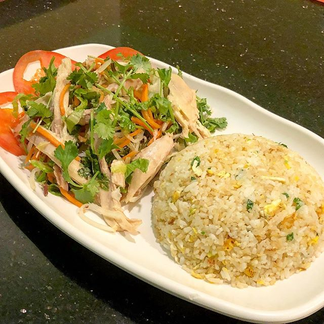 Hand-shredded chicken breast salad with fried rice. • #food  #foodporn  #foodgasm  #foodgram  #foodstagram  #fotd  #ftd  #pho  #yummypho  #vietnamese  #vietnamesefood  #rice #sandiego  #oceanside  #goodeats  #insider  #foodbeast  #infatuation  #eater  #foodblog  #blog  #eat  #eats