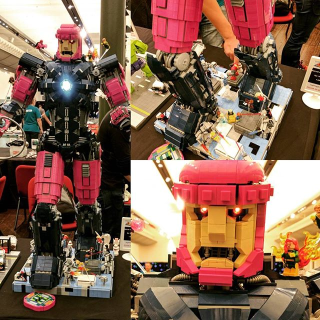 This giant Sentinel is my favorite thing here at the #sydneybrickshow. It's massive and incredibly detailed!  #lego #afol #sydney #marvel #xmen #sentinel #brick #legobrick #minifig #minifigure #bricktease