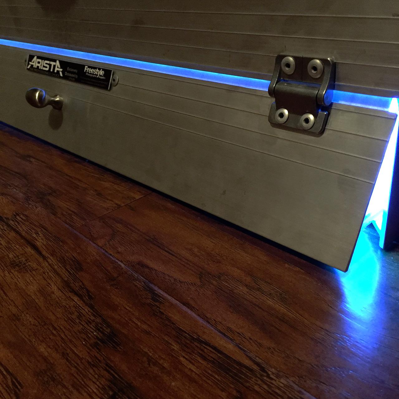the uv light box