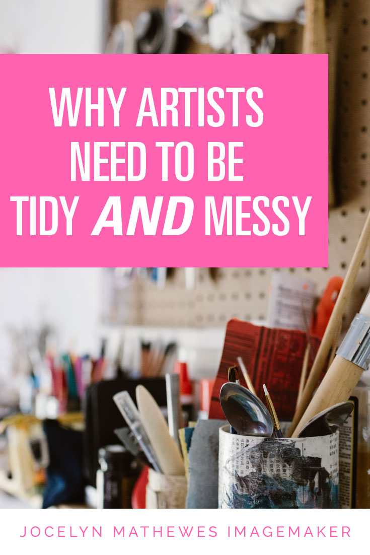 Ever wondered why you like things tidy or messy in your art studio? I think there are reasons for BOTH styles to coexist, and that they both serve important creative purposes. Find out more!