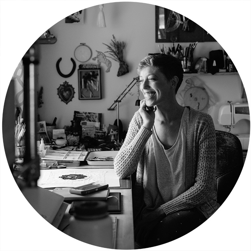 artist Jocelyn Mathewes in her studio in Tennessee
