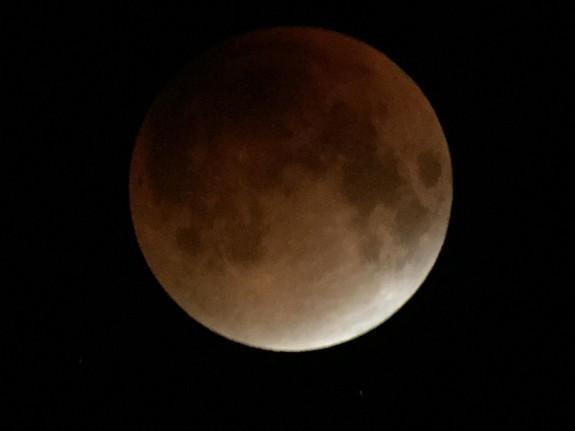 dark_moon.jpg