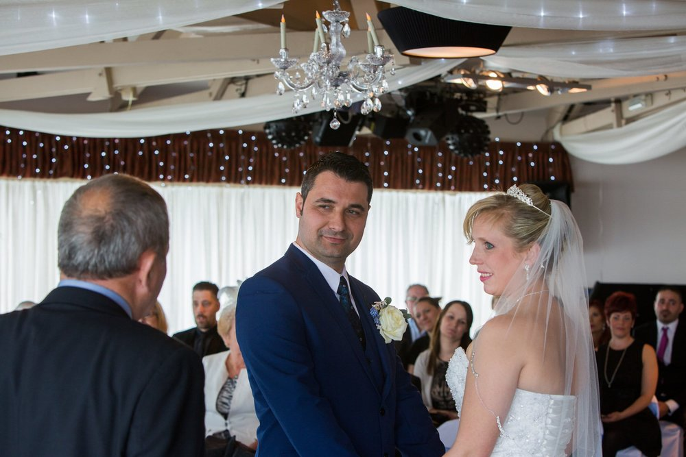 Johnny Black Hampshire Wedding Photography Tom Samantha 3.jpg