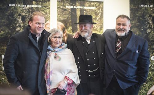 Skuespillerne Anders Baasmo Christiansen, Inger-Grethe Syversen, Bjarne Syversen og Terje Syversen på HOGGEREN-premieren i Oslo.
