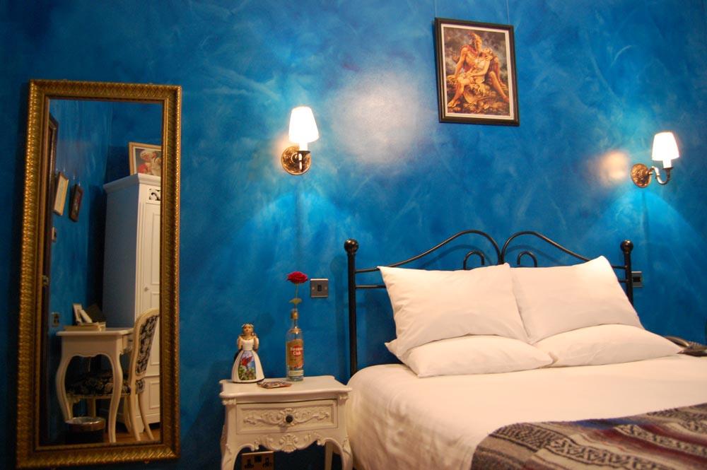HotelBlue.jpg
